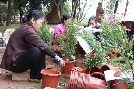 Hà Nội: Độc đáo lễ hội hoa xuân đầu tiên được tổ chức tại cửa Phật
