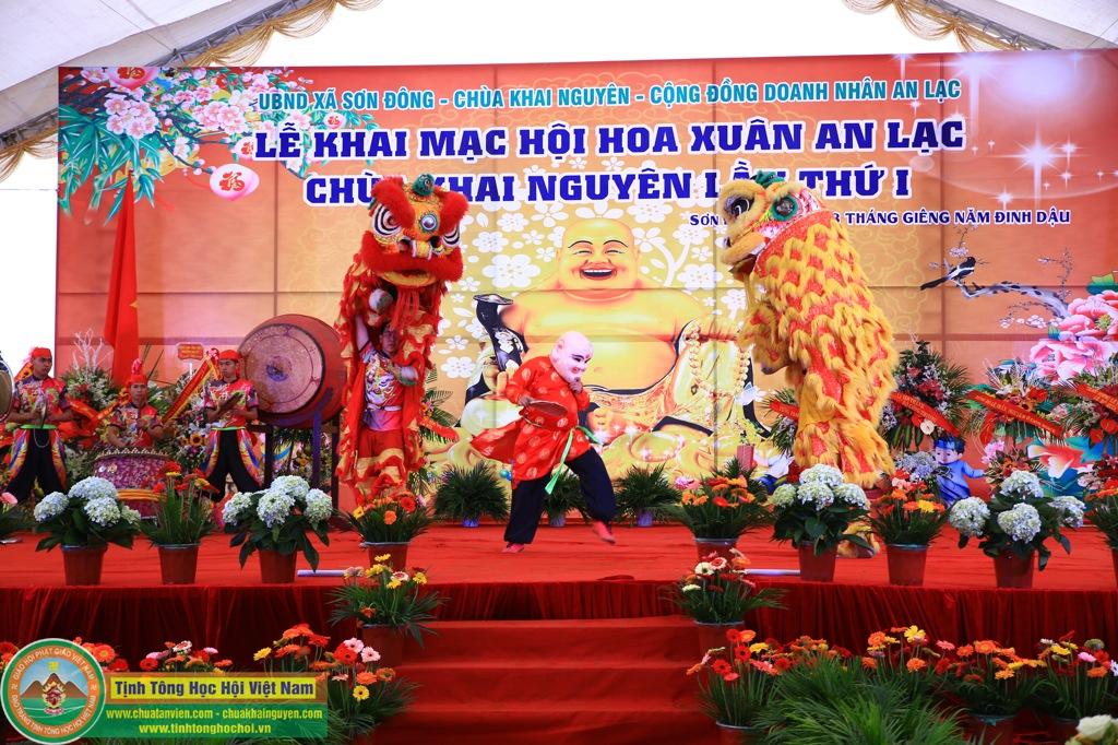 KHAI MAC le hoi hoa chuakhainguyen 2017(16)