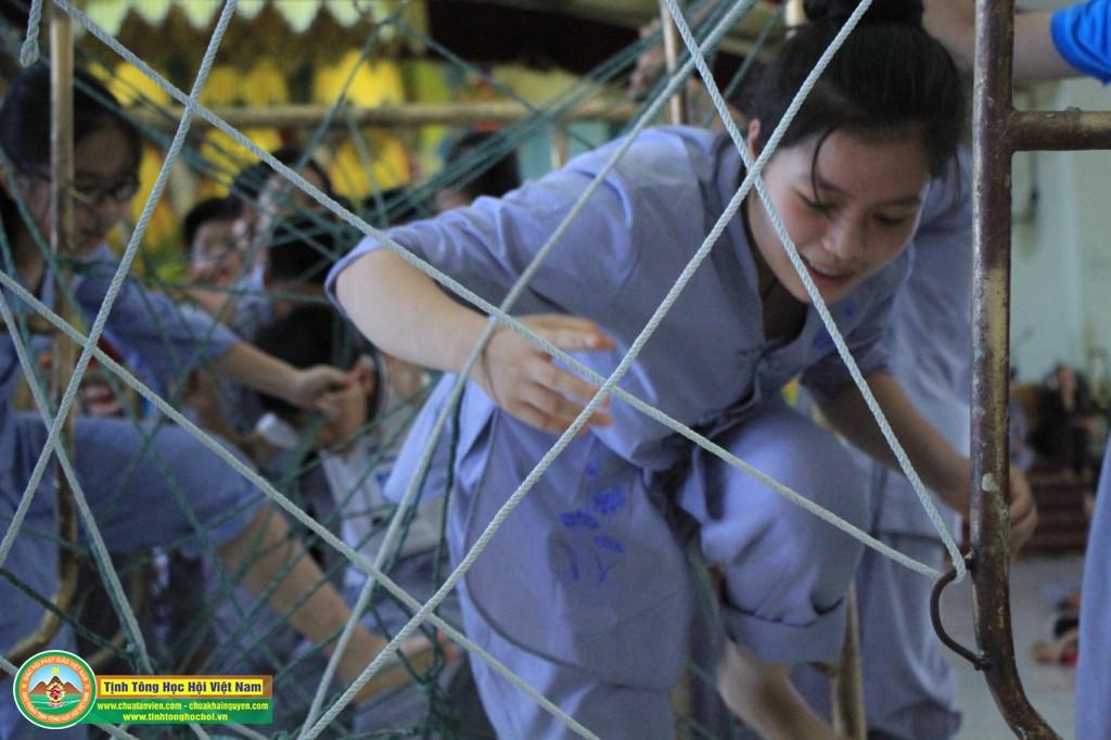 cuocdua vuotchuongngaivat0031