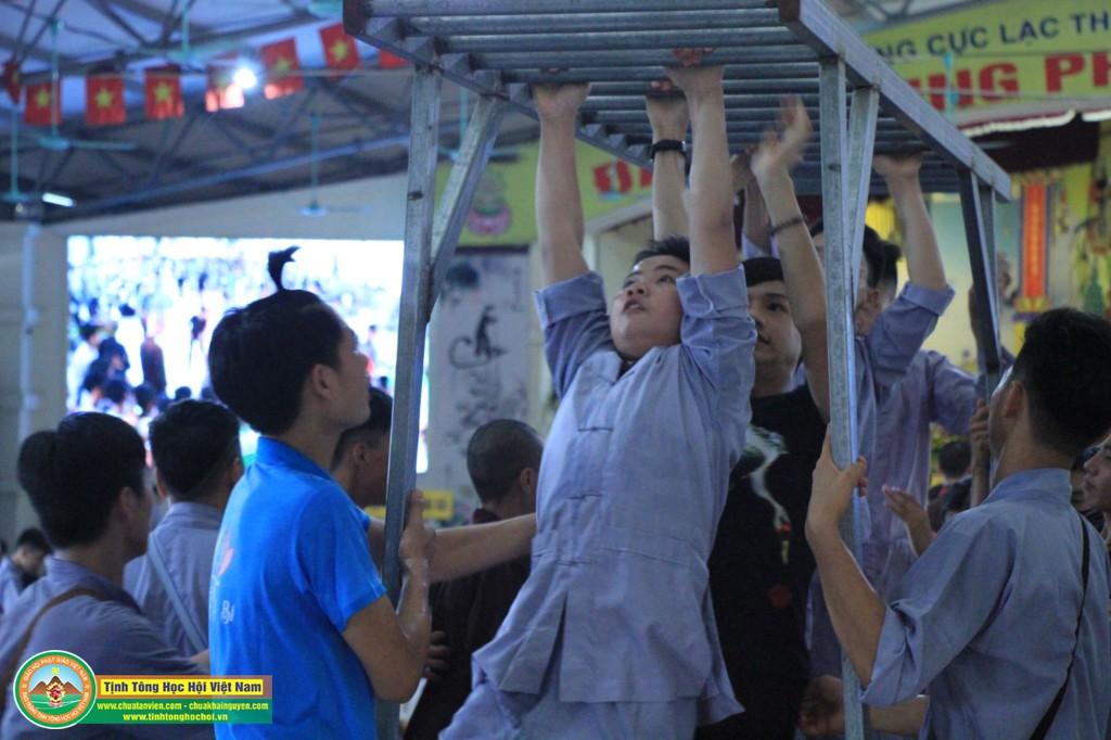 cuocdua vuotchuongngaivat0172