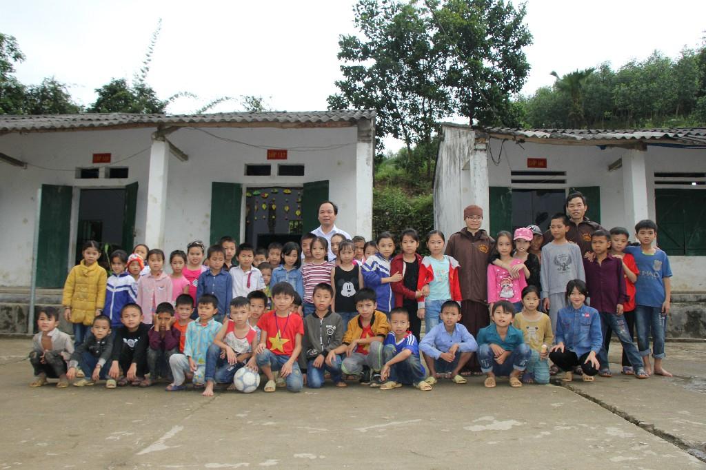 Chuyến đi khảo sát các điểm trường cần hỗ trợ xây dựng tại tỉnh Hà Giang