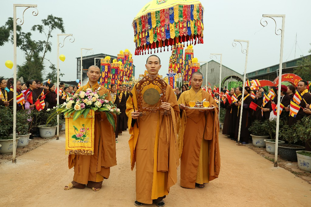 ruoc tuong ngoc A Di Da Phat tai Chua Khai Nguyen 2019 77