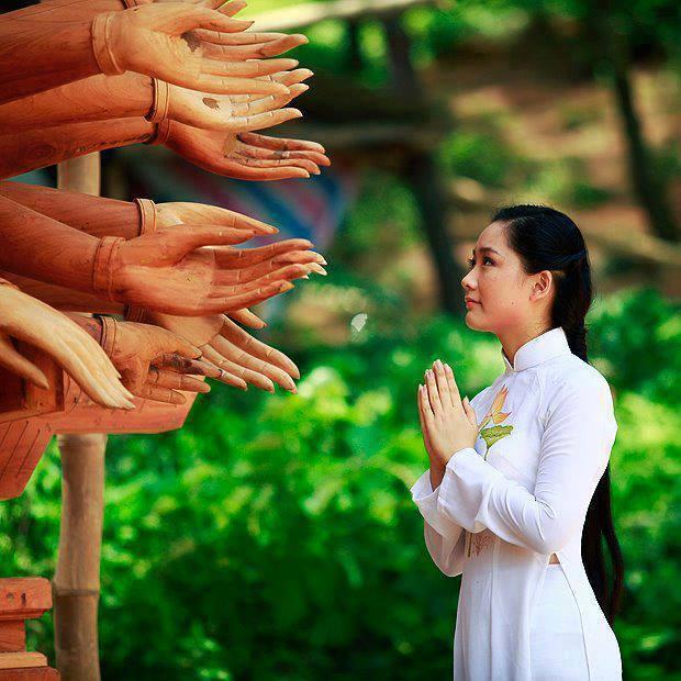 Niệm Phật Cầu Vãng Sinh Có Tiêu Cực Không?